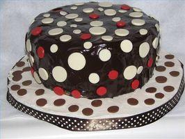Polka Dot Gâteau Idées de décoration