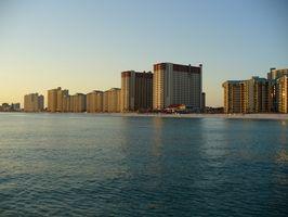 Tarifs à bas prix en bord de mer sur les hôtels à Panama City Beach, Florida