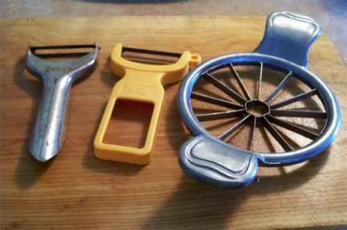 Comment utiliser un éplucheur et carottier d'Apple