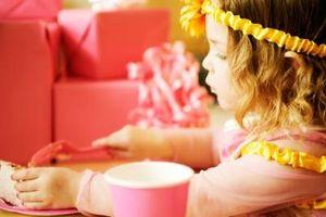 Comment mettre sur pied Disney Princess Castle gâteau Pièces