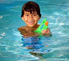 Qu'est-ce que les hôtels à Clearwater, en Floride, ont des piscines intérieures?