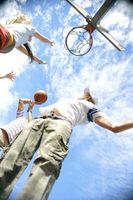 Comment assembler un panneau arrière Huffy et Rim Basketball Hoop