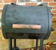 Comment un fumeur de charbon de bois fonctionne?