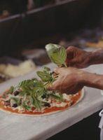 Comment faire cuire Basil Pizza